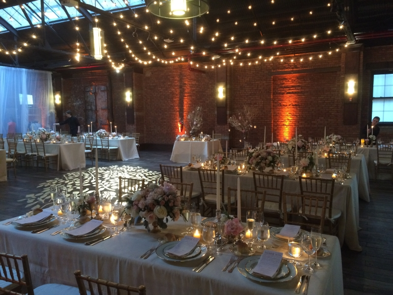 26 Bridge (Brooklyn, New York) - 600ft of String Lights suspended with G50 bulbs in a Circular Pattern above clients dance floor with Up-Lights along the perimeter wall
