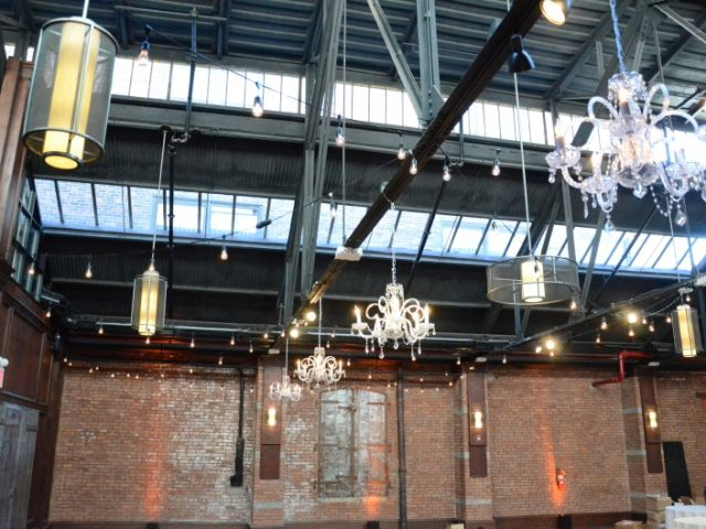 26 Bridge (Brooklyn, New York) - Chandeliers suspended in bar area with Up-Lights along perimeter of the main room.