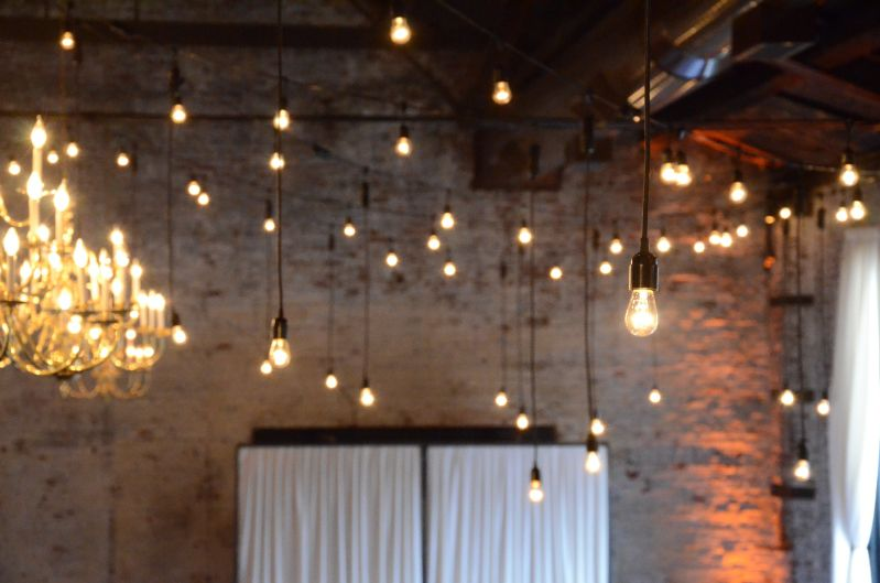 The Green Building - String Lights w/ Pendant Lamps